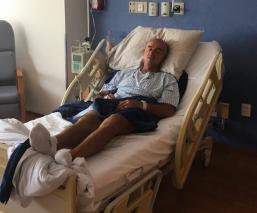 Hospitalizan al 'Chelis'; su salud no es buena