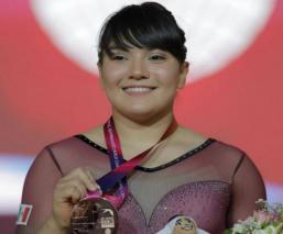 Alexa Moreno se cuelga medalla de bronce en la Copa Internacional de Corea