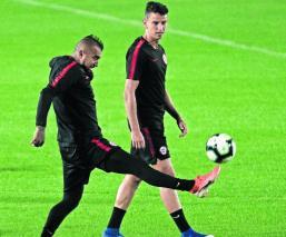 Chile vs Uruguay Arturo Vidal Alexis Sánchez Entrenamiento Lesionados