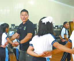 Niños aprenden ritmo cumbia Oaxaca