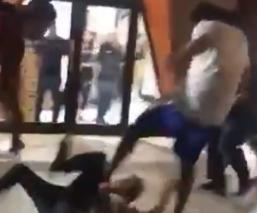 Jugadores de basquetbol dan brutal golpiza a aficionados en Sonora