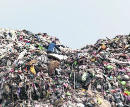 Relleno sanitario de Tepatlaxco provoca contaminación en el Rincón Verde