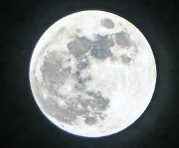 Pegajosa y olorosa Astronautas revelan a qué huele la Luna