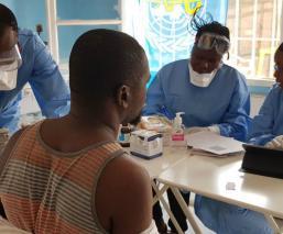 OMS declara emergencia mundial por brote de ébola en Congo