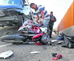accidente autopista México-Puebla valle de chalco motociclista
