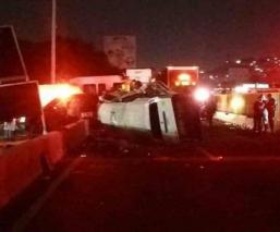 accidente volcadura méxico puebla asalto sujetos armados disparan contra chofer dados de alta asaltantes MP los reyes la paz