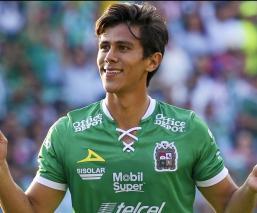 Contundente victoria del León sobre Chivas
