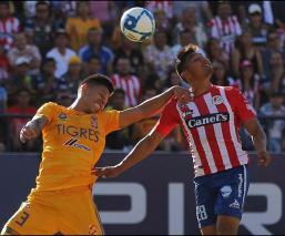 Con uno menos, San Luis empata en casa ante Tigres