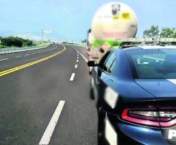 detienen pipa combustible miles litros ilegal dudosa procedencia aseguran camión Jaltetenco