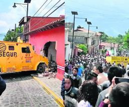 camioneta sin frenos atropella grupo personas Malinalco