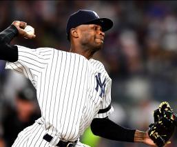 Policía investiga a pitcher de los Yankees