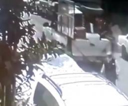 Camioneta reversa arrolla abuelita CDMX