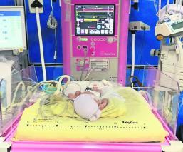mujer joven viuda da a luz tres niñas trillizas hospital de la mujer yautepec
