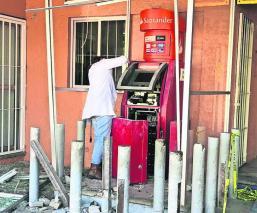 Destruyen cajero electrónico y roban miles de pesos en Morelos; investigan el caso