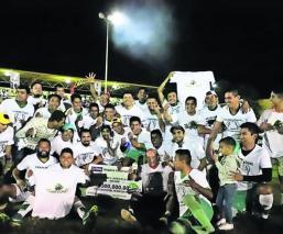 Selección de fútbol Gas Morelos vence a Peña Flores y conquista la Copa Unión 2019