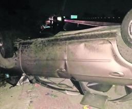 chofer camioneta muere prensado volcadura accidente automovilístico méxico-acapulco