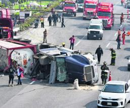 Pipa carretrea México-Toluca accidente vial