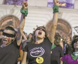 feminicidios el uni