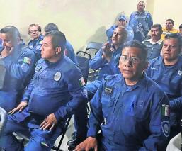 Policías de Morelos realizan paro de labores por falta de pago de aguinaldo y quincena