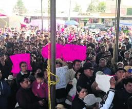 Pobladores del Edomex se manifiesta contra las autoridades por venta de terreno comunal