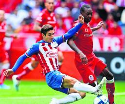 Guadalajara necesita una victoria ante Toluca para bajar la presión en el equipo