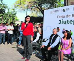 Ofrecen más de 800 plazas laborales en Feria de Empleo de Jiutepec, Morelos