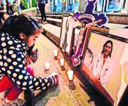 Registran 500 huérfanos de madres asesinadas en Edomex, les dan becas de mil pesos