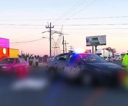 Motociclista pierde la vida tras ser embestido por un automóvil, en Edomex