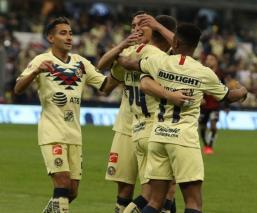 América derrota al Atlas en el estadio Azteca
