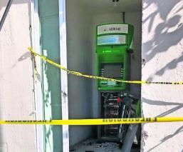 Sacan a mazazos 150 mil pesos de un cajero automático, en Morelos