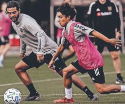 Carlos Vela jugará ante León su primer partido en México, sin la playera de la selección