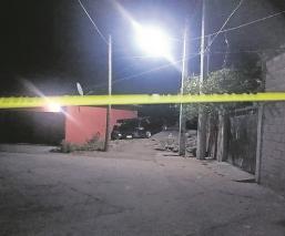 Pistoleros asesinan a padre de familia frente a su esposa e hijo