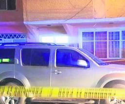 Asesinan a pedradas a hombre que iba saliendo de un hotel, en Nezahualcóyotl