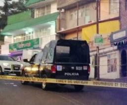 Automovilista se baja de su coche para reclamar choque y lo asesinan, en Tlalpan