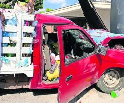 Caravana de peregrinos sufre accidente tras chocar en una camioneta, en Morelos