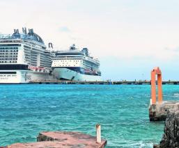 Por presuntos casos de influenza, nueve mexicanos piden bajar de crucero en Cozumel