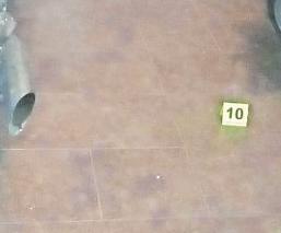 Sujetos armados entran a local y disparan contra mecánico en Estado de México