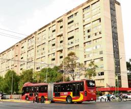 Gobierno de la CDMX usará hospitales privados para atender emergencia por Covid-19