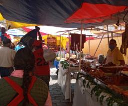 Comerciantes de Toluca exigen poder vender todo el día, es su única fuente de empleo