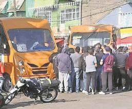 Ante extorsiones choferes de la ruta 42 exigen mayor seguridad en Nezahualcóyotl