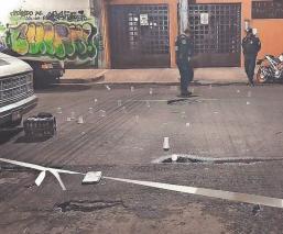 Un muerto y seis lesionados, deja balacera en un puesto de alitas en la colonia Anáhuac