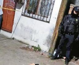 Apuñalan en el cuello a joven y muere desangrado; cámaras de la CDMX revelan al agresor