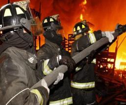 Autoridades de la CDMX reportan incendio dentro de la Central de Abastos en Iztapalapa