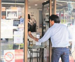 Cafetería consiente a médicos y enfermeras por Covid-19, en Toluca