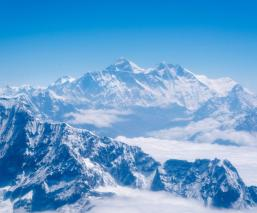 Medirán otra vez el imparable crecimiento del Monte Everest; conoce sus datos asombrosos
