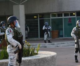 Personal del hospital Adolfo López Mateos denunció falta de equipo para protegerse de Covid-19