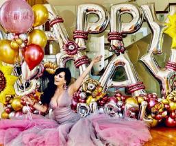 Maribel Guardia festeja como quinceañera sus 61 primaveras