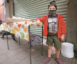 Niños enfrentan al coronavirus bajo la incertidumbre y sin creer en su existencia