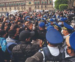 En el primer día de la 'nueva normalidad', policías de la CDMX salen a exigir bonos