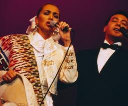 Abogados de Aida Cuevas lanzan advertencia a su hermano, Carlos Cuevas